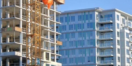 choosing-between-a-ready-to-move-in-and-under-construction-home